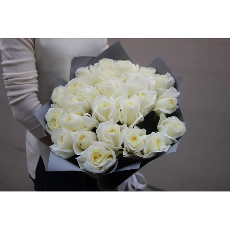 25 белых роз Норма Джин