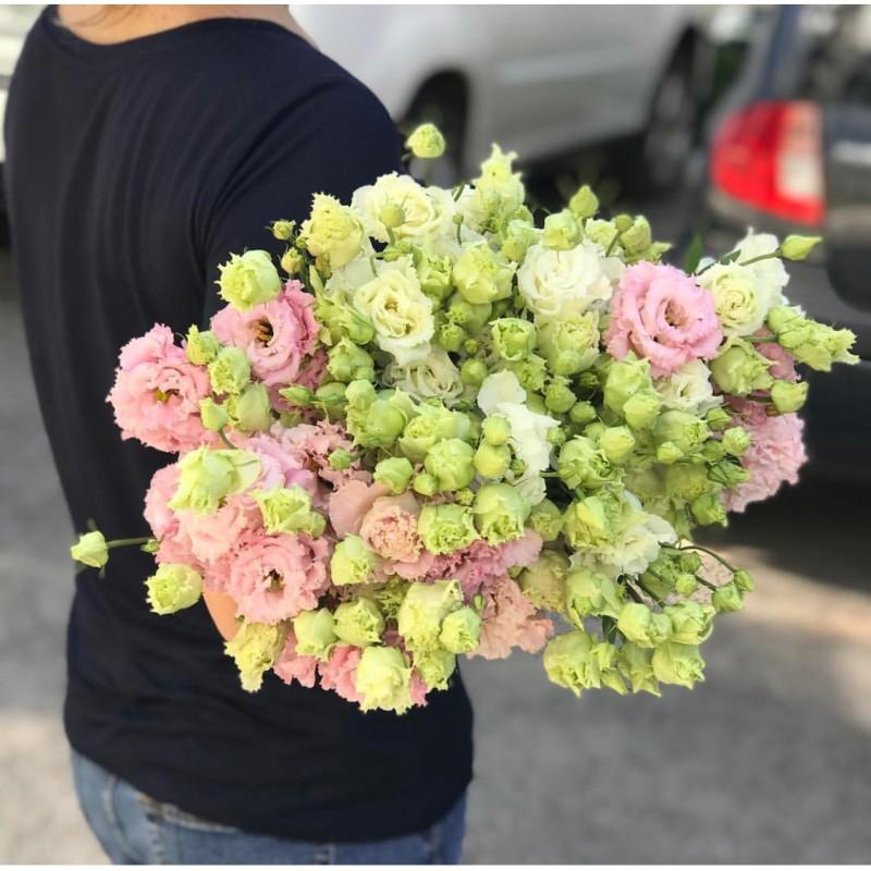 Бело-розовые кружева