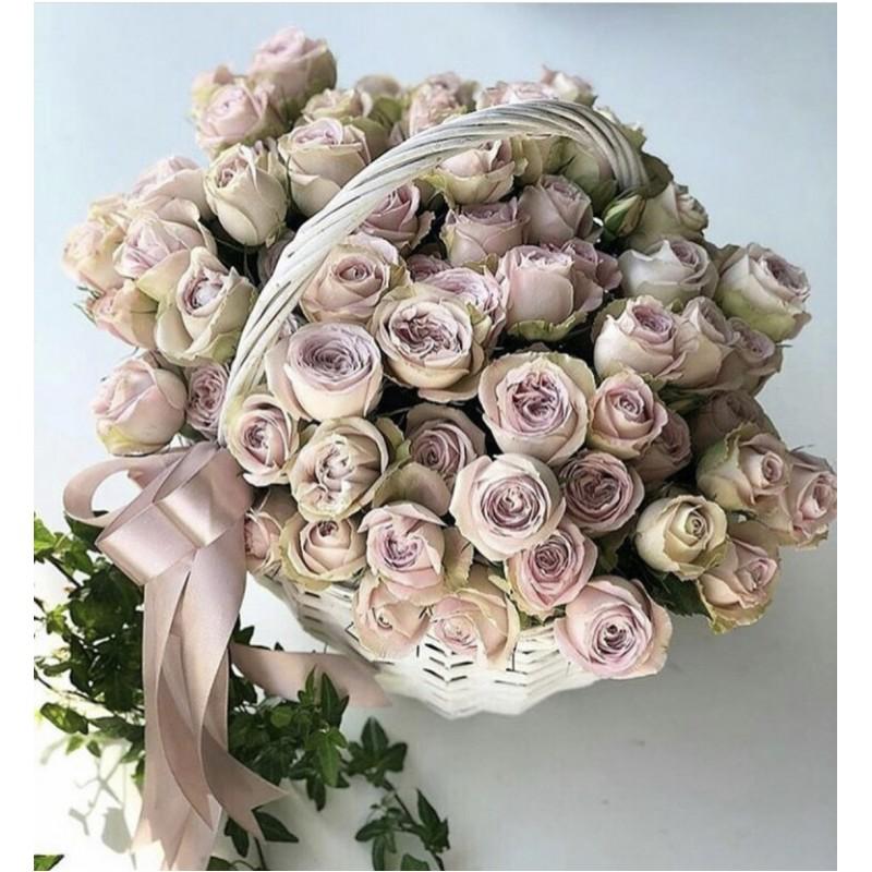51 роза Мемори Лейн в корзине