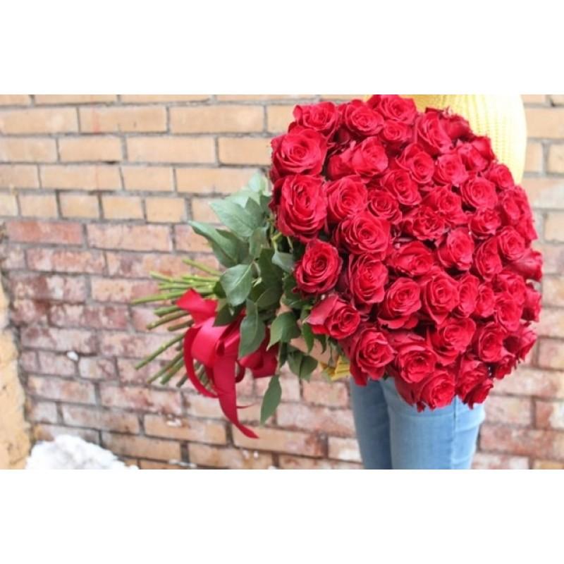 51 красная роза высота 100 см.