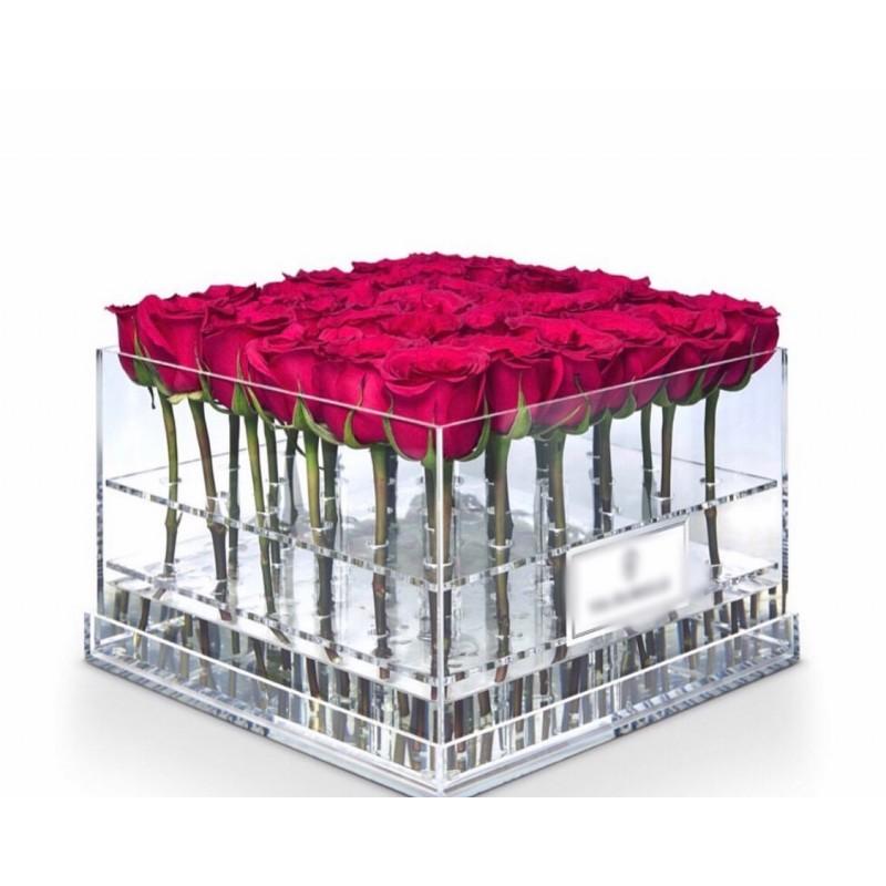25 малиновых роз в акриловом боксе