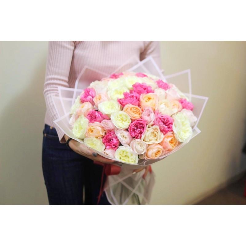 51 пионовидная роза