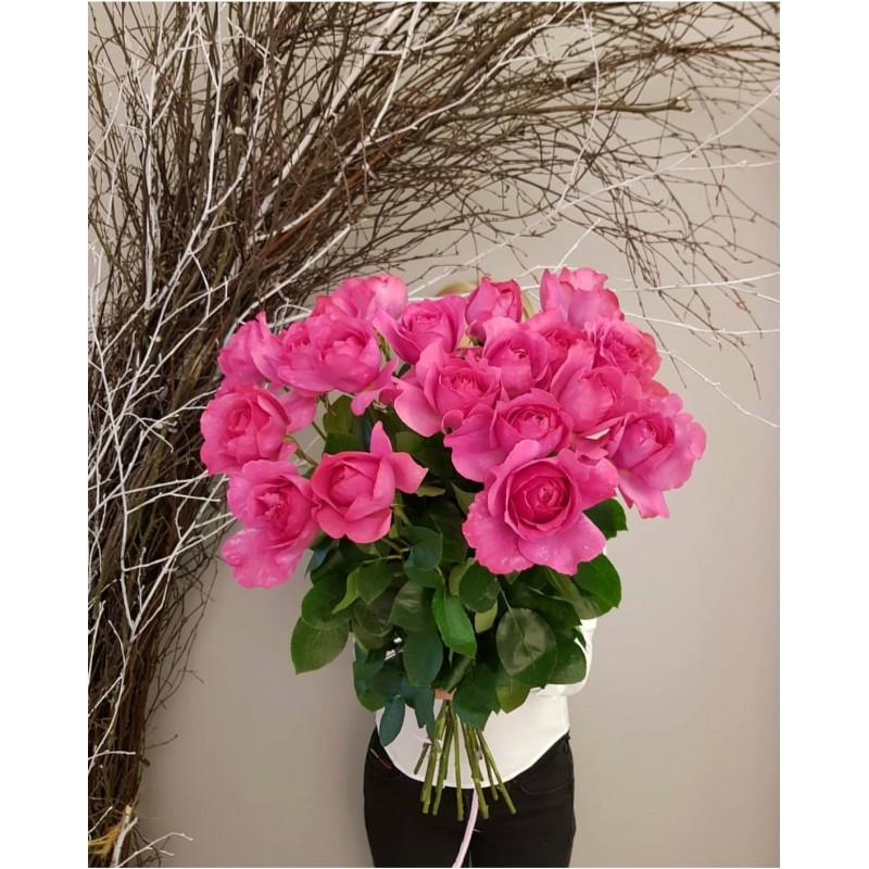 19 роз Ив Пьяже