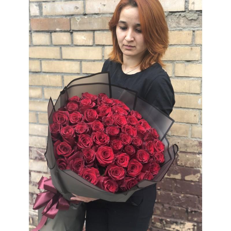 51 роза Эксплорер высота 70 см.