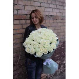 51 белая роза высота 80 см